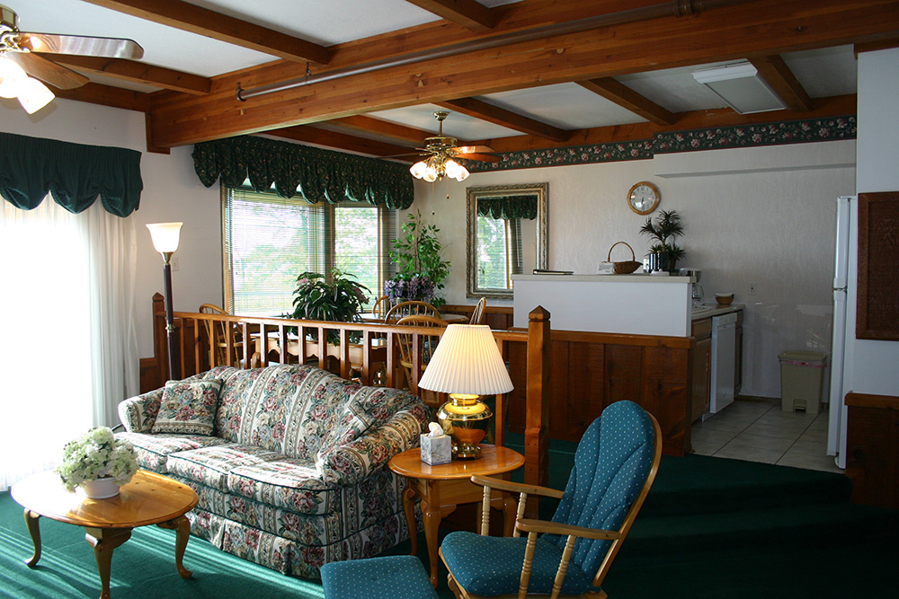 Luxurious One Bedroom Suite